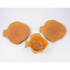 Continental glazed pottery fish set